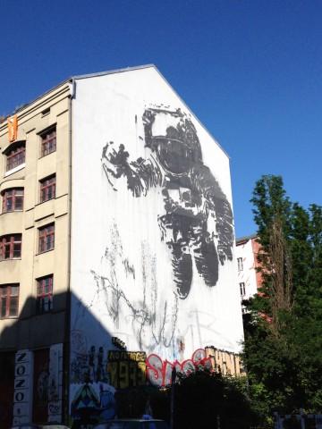 Fasadbild astronaut